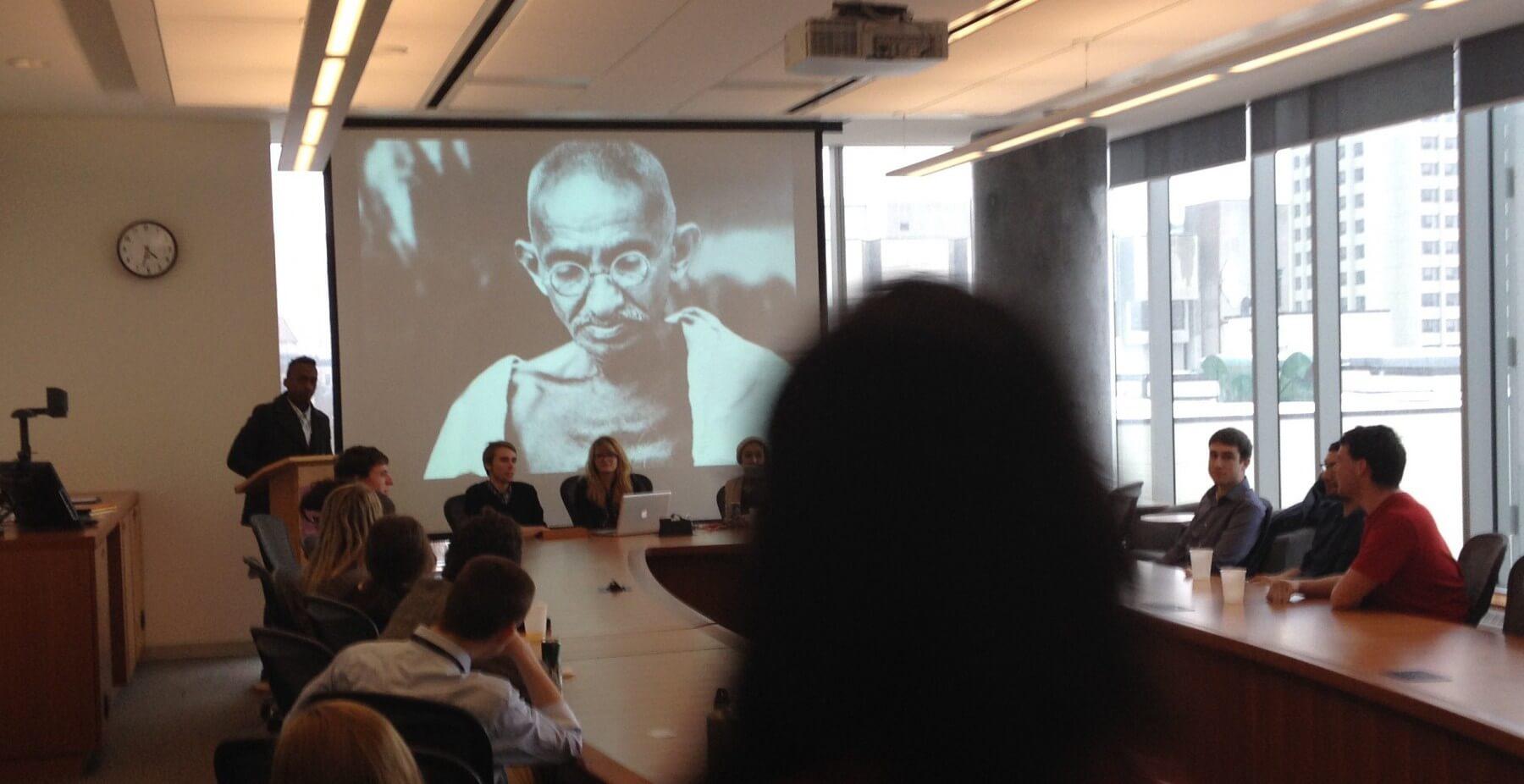 Une séance d'informations organisée par Topo Ottawa à l'Université d'Ottawa.